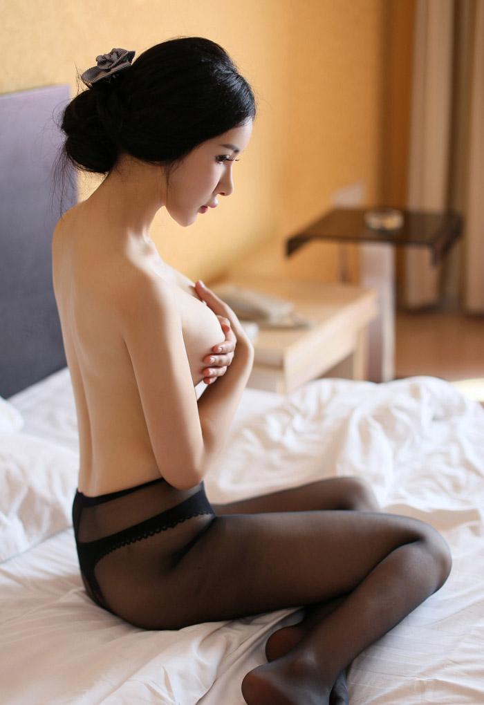 韩国女主播朴妮唛全裸奶照不雅视频 美乳皇后露下体现场高潮呻吟